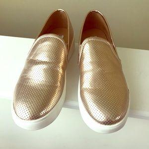 Steve Madden Platform Slip On Shoes. Size 6.5